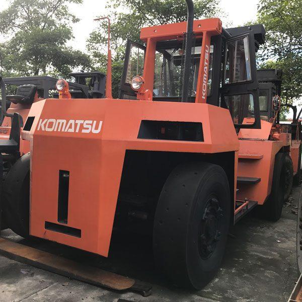 Komatsu-FD200